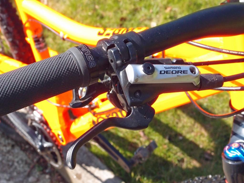 orange segment s deore brakes